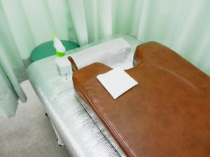 アルコールによるベッド、胸マット、枕の消毒